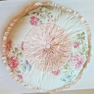 Other - Vintage Shabby Chic Round Accented Pillow Cottage
